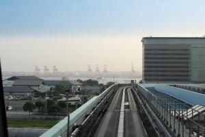 Vista desde el Yurikamone, con el puerto de Tokio al fondo